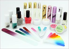 ガラス製爪やすりをはじめ、女性向けノベルティの製品ラインナップ写真