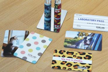 「割れない」 カードミラー(日本製)|女性向けノベルティならC2Labにおまかせ|オリジナル名入れ・印刷|おしゃれノベルティ|名刺・クレジットカードサイズ-2